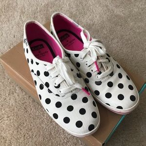 🌻KEDS x Kate Spade🌻 Kick Dot Sneakers 7M